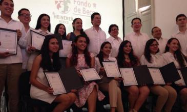 CM beca a 12 jóvenes para estudiar su carrera en el ITESM